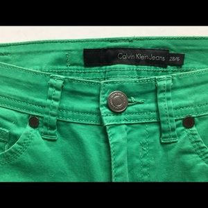 Calvin Klein skinny crop jean 6